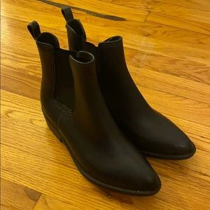 Urban Outfitters Chelsea Rain Boots